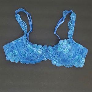 Victoria's Secret Floral Lace Demi Bra  Size 34A